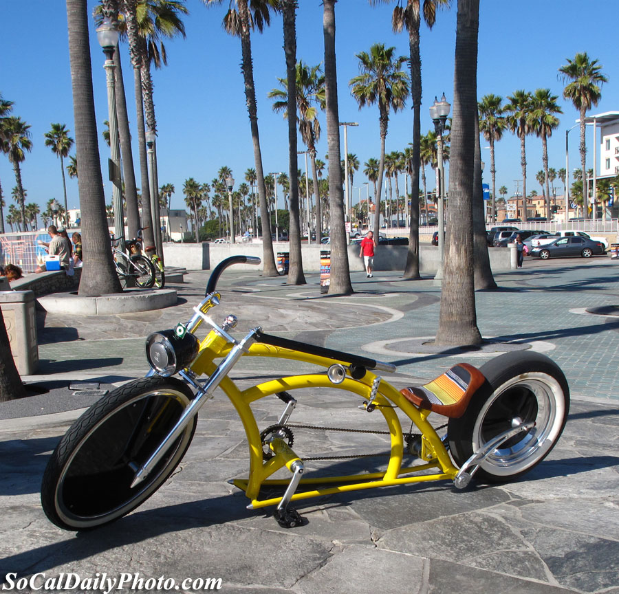 bicycle at Huntington Beach